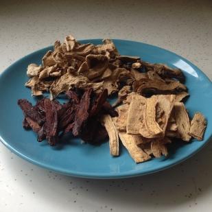 The dry ingredients: bai zhu, gan jiang, dang shen, and zhi gan cao
